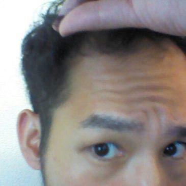 白髪は抜くと増えるって本当??