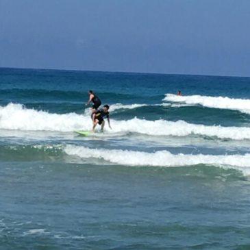 夏のサーフィン
